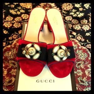 Gucci Brand New Red velvet bee pearl slides